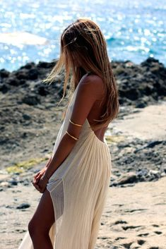 beachy perfection. love the arm cuffs