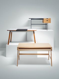 DESKS. From the top: TANIS DESK Designed by: Pierre Paulin. STUDIODESK XL Made by: Bluelounge. TRUNDLE DESK Designed by: Eric Pfeiffer