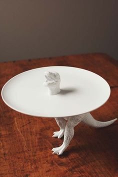 Dinosaur serving tray. They said don't let food touch the part that's been spray-painted.