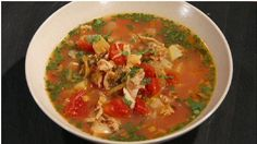 Kitchen Boss: Manhattan Clam Chowder : Video : TLC (Buddy from Cake Boss) Chili Recipes, My Recipes, Italian Recipes, Soup Recipes, Dinner Recipes, Cooking Recipes, Favorite Recipes, Recipies, Manhatten Clam Chowder