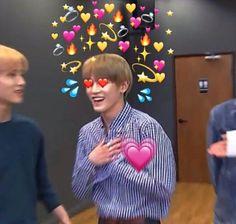 ❝ taeyOnG ㅡ ur papi ❞ Lee Taeyong, Bts Memes, Kpop, Heart Meme, Heart Emoji, Supportive Friends, Boogie Woogie, Wholesome Memes, Love Memes