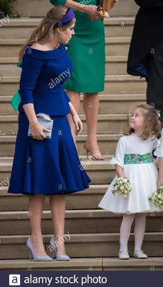 The way Princess Charlotte looks at Princess Beatrice! Princess Madeleine, Princess Eugenie, Princess Mary, Princess Charlotte, Princes Beatrice, Sarah Duchess Of York, All The Princesses, Royal Uk, Sarah Ferguson