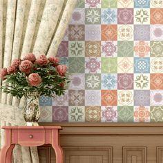 Quer manter o toque #tradicional no cantinho de sua #casa? Agora você pode encontrar papéis de parede inspirados no #patchwork.