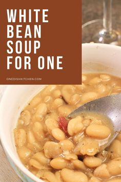 Single serving white bean soup recipe made with just 1 can of beans. Quick, easy to make and filled with flavor. Ready in 30 minutes! Kitchen Dishes, Food Dishes, Main Dishes, White Bean Soup, White Beans, Breakfast Recipes, Dessert Recipes, Desserts, Can Of Beans