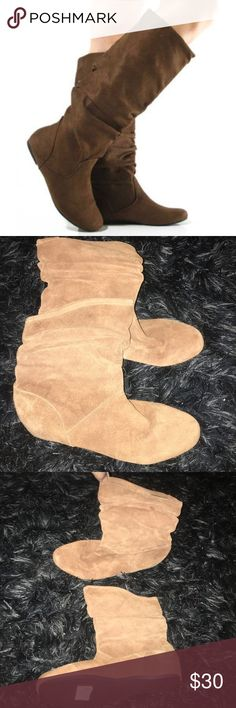 Steve Madden Suede Scrunch flat boots Brand new never worn. Steve Madden. Suede. Scrunch. Flat bottom. Tan. Leather upper. Steve Madden Shoes Ankle Boots & Booties