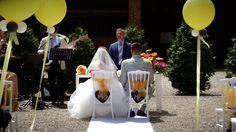 """Con una location stupenda come la nostra, è stato facile immaginarsi una cerimonia che fosse quella di una fiaba...e grazie a """"Progetto Noleggio"""" ed i suoi splendidi arredi la nostra favola è diventata realtà!  #finchesponsornonvisepari #saraheluciano #20giugno2015 #sedie #chair #arredi #design #progettonoleggio #rent #parigina #cerimonia #nozzeconsponsor #instawedding #matrimonio #giardino #tenutaisola #location #like4like #followus #followme"""