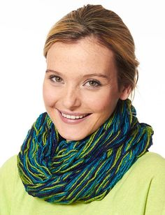 Great Gift Alert! Knit this quick cowl with just your arms. No needles required!