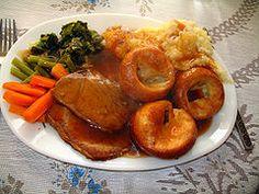 Sunday roast – tradycyjna pieczeń, jedno z podstawowych dań kuchni angielskiej