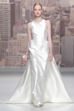 Elegant in this silky combination-style by Rosa Clara