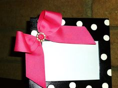 maybe a mirror idea?black and white polka dot picture frame with hot pink bow-minnie mouse room decor-birthday party shower gift ideas-circle rhinestone bling Minnie Mouse 1st Birthday, Mickey Minnie Mouse, Minnie Mouse Room Decor, Polka Dot Party, Polka Dots, Mouse Crafts, Shower Gifts, Birthday Decorations, Picture Frames