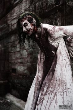 Swallow Your Soul Horrify Me, horror photography and portraits of ...