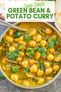 A really super simple Green Bean & Potato Curry that is budget friendly, only has 8 ingredients & needs no fancy schmancy spices. Entree Vegan, Vegan Dinner Recipes, Vegan Dinners, Indian Food Recipes, Whole Food Recipes, Vegetarian Recipes, Healthy Recipes, Paleo, Keto