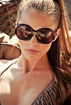 Summer is all about the bronzed, glowing skin. Keep hair away from your face with a high pony, like Vênsettes Tribeca look. Book now: www.vensette.com/...  cheap fashion women sunglasses