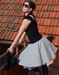 bbe8dc98566 Šedá kolová sukně   Zboží prodejce by Elizame