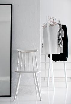 HAY   Loop Stand for a minimalist wardrobe.