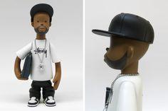 Pay Jay Productions et Stussy saluent la mémoire de J Dilla en modelant une figurine à son image.