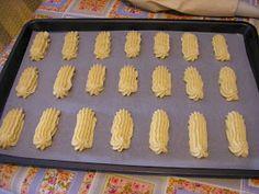 Με το δάχτυλο στο βάζο: Πτι Φουρ Greek Sweets, Griddle Pan, Biscuits, Food And Drink, Cooking Recipes, Cookies, Vegetables, Cake, Blog