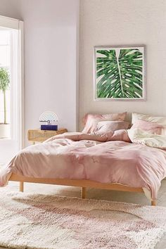 Gorgeous pink marble effect bed set! Found this on the Urban Outfitters website. I like the pairing of the pink with the green leaf print too! Deny Designs Chelsea Victoria For Deny Rose Gold Marble Duvet Cover Rose Gold Duvet Cover, Marble Duvet Cover, Marble Bedding, Marble Bedroom, Teenage Girl Bedrooms, Girls Bedroom, Room Girls, Bedroom Art, Copper Bedroom Decor