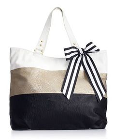 omgosh this is the bag I fell in love with at TJ Maxx but it didn't have a tag and I was too lazy to ask for the price :( Sold out at Macys. Sad day.