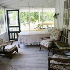 An old fashion sleeping porch ... sweet!