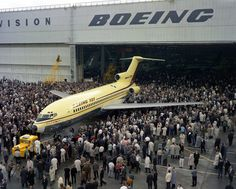 Unveiling of the B-727 1962 and the birth of Boeing's 'Family' Plan - From The Ar