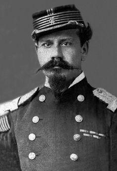 """Marcial Pinto Aguero, comandante del """"Coquimbo"""" y del """"Chacabuco"""""""