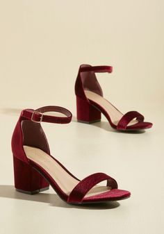 What gives you the advantage on the dance floor? Eyes to your toes, gal, it's these maroon block heels! Not only are these velvet midis totally and show-stoppingly lush, their delicate ankle straps mean that you can dance comfortably all through the night Velvet Block Heels, Velvet Shoes, Red Velvet Heels, Red Block Heels, Ankle Strap Heels, Ankle Straps, Cute Shoes, Me Too Shoes, Women's Shoes