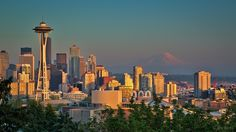 Classic Seattle sunset, from Kerry Park on Queen Anne hill. City Boy, Hill Park, Books For Boys, Photo Location, Queen Anne, Seattle Skyline, Sunset, Landscape, Classic