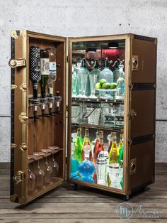 Home Bar Furniture, Furniture Makeover, Office Interior Design, Office Interiors, Portable Bar, Whisky Bar, Storage Trunk, Drinks Cabinet, Learn Woodworking