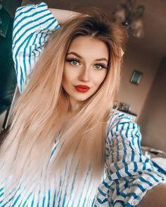 "Milena on Instagram: ""#polishgirl #girl #me #polskadziewczyna #polishwoman #kielce #poland #instagood #makeup #blonde #blondegirl #blondynka #blondehair #lips…"" Poland Girls, Love, Blonde Hair, Girl Smile, Beautiful, Username, Snapchat, Sydney, Style Fashion"