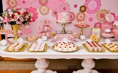 Trendy Ideas For Party Table Pink Dessert Bars Dessert Bars, Buffet Dessert, Pink Dessert Tables, Pink Table, Desserts Roses, Rosa Desserts, Candy Table, Candy Buffet, Bar A Bonbon