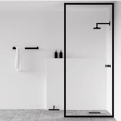 #repost @jasmin88k #welovenew A beautiful but simple wallk in shower. How do you like the minimalist look?