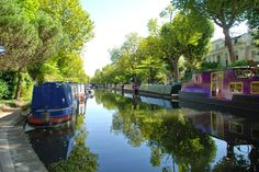 Regent's Canal, Little Venice Take a walk along the most colourful stretch of canal in the country http://www.justsaying2u.com/2014/08/walking-regents-canal-from-little.html