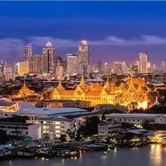 @gidolian for this stunning shot of riverside Grand Palace, Bangkok, Thailand.
