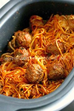 Crock Pot Spaghetti and Meatballs, Slow Cooker, Spaghetti, Frozen Meaballs, Ninja Cooker, 4 Ingredients, Easy, Simple, Dinner, Supper, Southern, Country Cooking, recipe