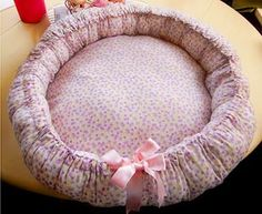Daily DIY Pet Pattern - How To Make A Cuddle Cup Pet Bed