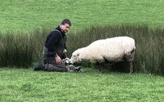 A study of sheep and beef farmers' attitudes to managing biodiversity on their farms showed more than 90 percent supported its merits. Pest Management, Resource Management, Farm Show, Environmental Law, Native Plants, Farmers, Conservation, Proposal, Habitats