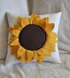 Sunflower pillow #teampinterest