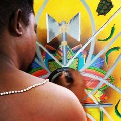 Tempo real  #vitoria #justiça #oyò #artista #artist #arte #pintura #mixedmedia #oxè #machados #marrom #vermelho #preto #negro #conquistadorreal #docerei #canvas #tela #pintando #artwork_in_studio #tbt