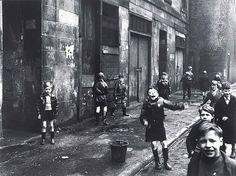 Roger Mayne ?Children, the Gorbals, Glasgow? (1958)