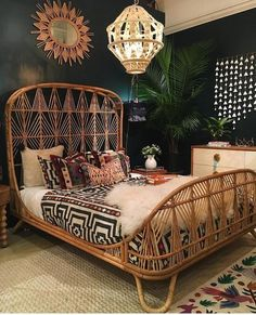 Bohemian chic interior design is best accomplished with a mix match of patterns & textures to create a bedroom brimming with character and charm. Accessorise the space with items rich in colour and be fearless when it comes to adding a jewel like chandelier or decorative mirror. Be creative with your choice of bed frame, sheets and rugs and pick something out of the ordinary. Only then will the boho theme fully fall into place.
