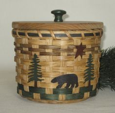Toilet Paper Storage Basket-To store the extra roll of toilet paper and tampons, etc Toilet Paper Storage, Bear Decor, Round Basket, Paper Basket, Metal Tree, Guest Bath, Storage Baskets, Solid Wood, Hand Weaving
