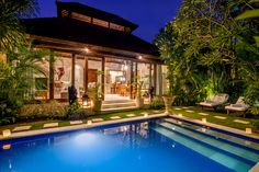Villa Istana Satu - Designed in Balinese-style architecture with a modern twist, Villa Istana Satu is located down a quiet lane in the heart of the bustling Seminyak, the Bali jet-setter's metropolis.