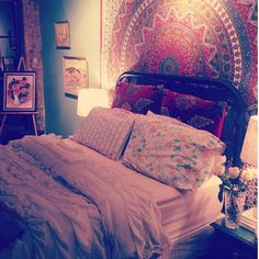 Seriously want a tapestry for mine and Matthews bed Boho style @Sarah Chintomby Chintomby Chintomby Gonzales