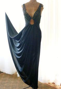 c7ffd1ef23e On Sale Olga Nightgown Black Keyhole Lace Bodice 1968 U.S.A. Made Unworn  Large