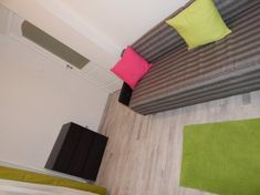 Panellakás felújítás - 53 nm-es panel felújítás előtt és után! - Lakások - Otthon Outdoor Blanket, Contemporary, Bed, Furniture, Home Decor, Decoration Home, Stream Bed, Room Decor, Home Furnishings