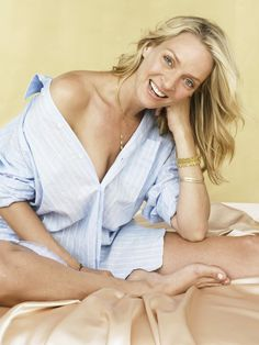 RDB Holdings & Consulting 11 x 14 in. Uma Thurman Signed Photo Sexy Blue Nightshirt- Beckett Holo As Shown Uma Thurman, Star Actress, Female Actresses, Female Feet, Famous Men, Great Movies, In Hollywood, Camisole Top, Celebs