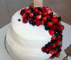 Food And Drink, Birthday Cake, Yummy Food, Sweets, Baking, Recipes, Cakes, Mascarpone, Sweet Pastries
