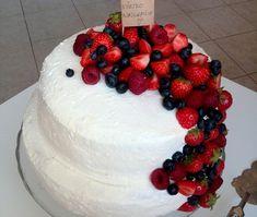 najlepšia narodeninová torta s mascarpone krémom Food And Drink, Birthday Cake, Yummy Food, Sweets, Baking, Recipes, Cakes, Mascarpone, Delicious Food