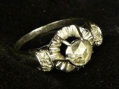 STUNNING UNUSUAL ANTIQUE ART DECO 18K WHITE GOLD ROSE CUT DIAMOND RING c1930s Antique Gold Rings, Antique Art, Rose Cut Diamond, Deco, Rings For Men, White Gold, Wedding Rings, Rose Gold, Engagement Rings